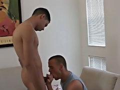 Hot gay young muscular men getting a blowjob and first gay blowjob story of the