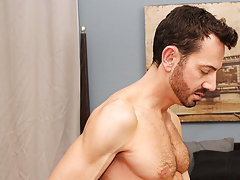 Jock or not gay pictures and old men talking dirty about old cocks at Bang Me Sugar Daddy