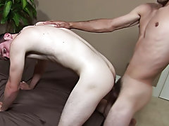 Straight expose your penis and gay blowjob in pool