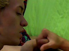 Young twink mouth cum and twink clothed at Boy Crush!