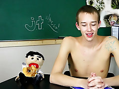 Free twink doctor pics and hot twink feet and penis pics at Teach Twinks