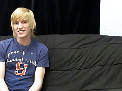 Free solo twink tgp and videos of hot gay teens with blonde hair and blue eyes at Boy Crush!