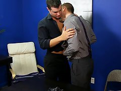 Hardcore free huge gay cocks and free hardcore gay ass at My Gay Boss
