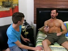 Although muscle dad Bryan Slater doesn't normally hook up with young lads like Timo Garrett, one time the lad has his hot mouth on that big dad d