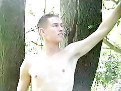 Black men masturbation pics and weird masturbation techniques - at Tasty Twink!