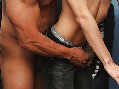 Old and young gay beach sex and brazil gay cum eat at Bang Me Sugar Daddy