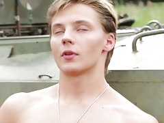 Russian twink webcams and two french twinks outdoors at Staxus