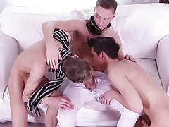 Twink genital videos and emo gay twink tube videos at Staxus