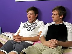 Young twinks service sugar daddy tubes and twink electric penis porn