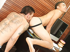 Gay free uncut piss kink videos at Teach Twinks