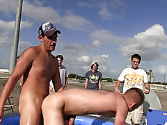 Finaly the guys dropped in on Bi-Bobby to see how that guy was doing with helping fraternity brothers out and you'll see for yourself Bobby is on
