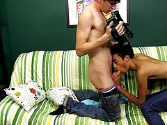 Gay bears and twinks and gay boy first time sex at Boy Crush!