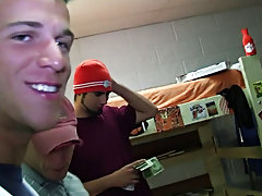 Sometimes wanna be frat dudes will do anything to be accepted into a fraternity. This week we got in some extraordinaire footage from a school in the