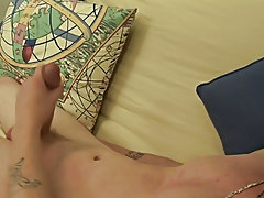 Broke Straight Boys has a newbie on the futon; Sean Carter masturbating men free