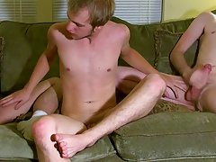 Hot emo boys video free and emo twinks bareback sex tube - at Tasty Twink!