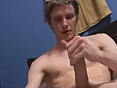He then spreads his creamy Jizz all over his sexy abs ways to masturbate male