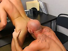 Cute online boys fucking xxx and american babes sex pic at My Gay Boss