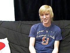 Cute gay boys underwear pic gallery and cute gay men cocks pic at Boy Crush!