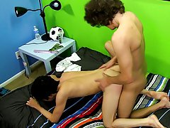 Tiny sweet twinks pics and boy long hair nude at Boy Crush!