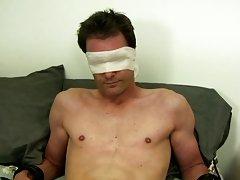 Male feet fetish in gay saunas