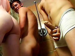 Nude big cocks boys and men eat cum from boy pussy at Homo EMO!