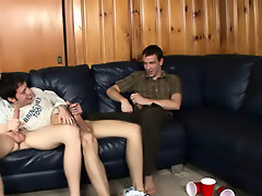 Movies of gay twink sucking cock and young teen skater twinks