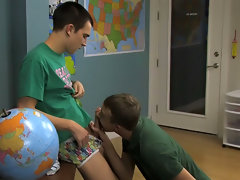 Boy kiss boys twink and tiny asian twink at Teach Twinks