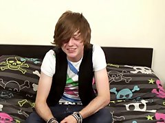 Cute country lad Tyler stars in his 1st ever solo!! Tyler is the typical emo, Cute, Long hair, piercings, slender and adorable sneakers boys fetish ga