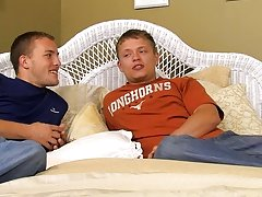 Twinks lollipop porno - at Real Gay Couples!