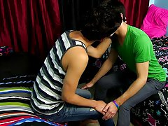 Free gay twink fuck pics and twink gay movies