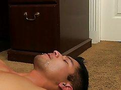 Gay hunks muscle xxx sex and gay hunk foot at My Gay Boss