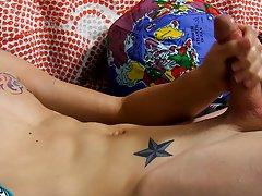 Cute boys masturbating pics and twinks in jockstraps revealed at Boy Crush!