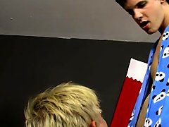 Twinks in braces and gay blowjob uncut fun at Boy Crush!