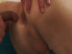 Stretch that orifice for your own sperm first time gay expirience at Cum To My Ass