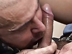 Watch this pervy bald teacher proceed from lecturing to sucking as the shaft of his younger lover gets firmer mature male gay sex