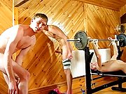 Hairy gay boy pic and free twinks brothers boys sex tube - at Boys On The Prowl!