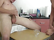 Amateur smooth gay chub pics and amateur naked army men wanking images