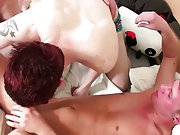 Gay xxx twink virgin hole fuck pic and gay naked twink - Euro Boy XXX!